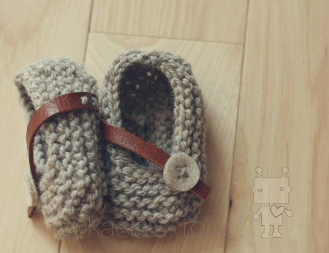 Uber cute!Baby Slippers, Knits Booty, Baby Booty, Babyshoes, Knits Slippers, Baby Style, Knits Baby, Girls Shoes, Baby Shoes