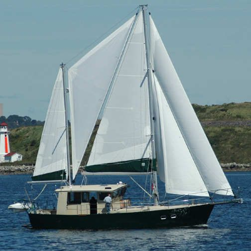 TRAWLER YACHTS, trawlers, BRUCE ROBERTS OFFICIAL WEB SITE, passagemakers, liveaboard,steel boat ...
