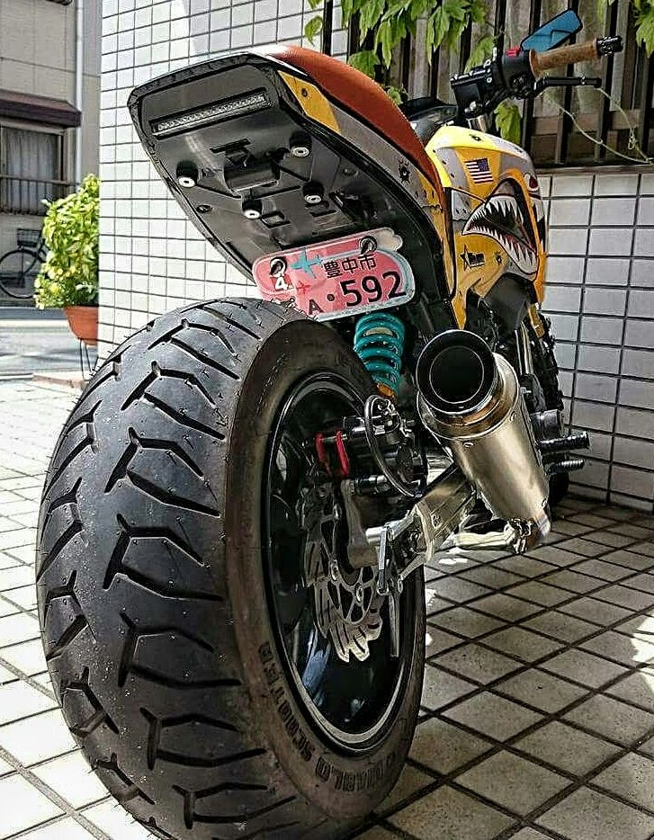 Custom Honda Grom MSX 125 - Lowered - Stretch Kit - Custom Paint - Motorcycle Pictures