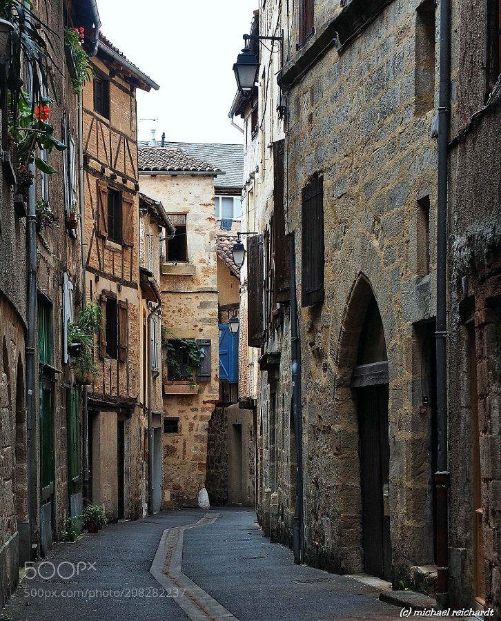Old lane in Figeac Midi Pyrenées by manateemr