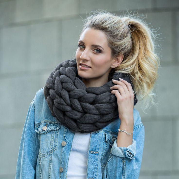 Marshmallow Sweater DIY Instructions (PDF)   Beginner knit scarf, Super chunky yarn, Diy merino wool