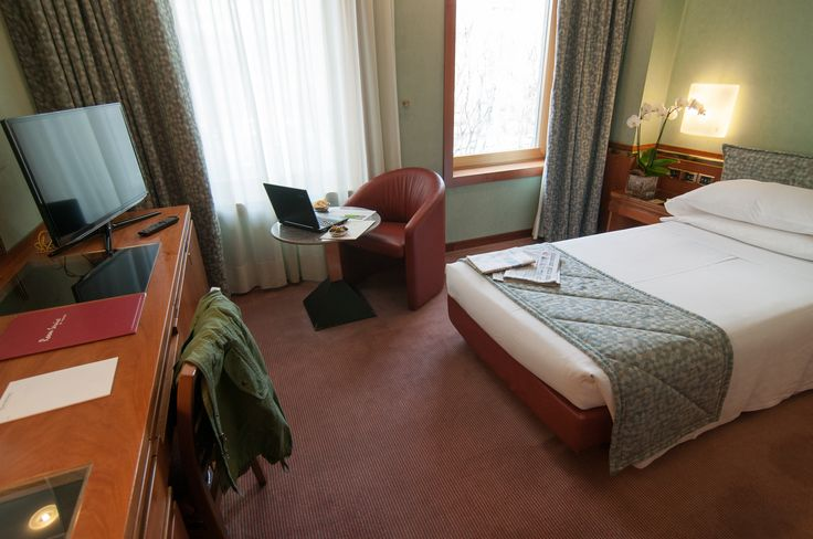 #DoubleRoom whit #FreeWifi And #Minibar. #Relax