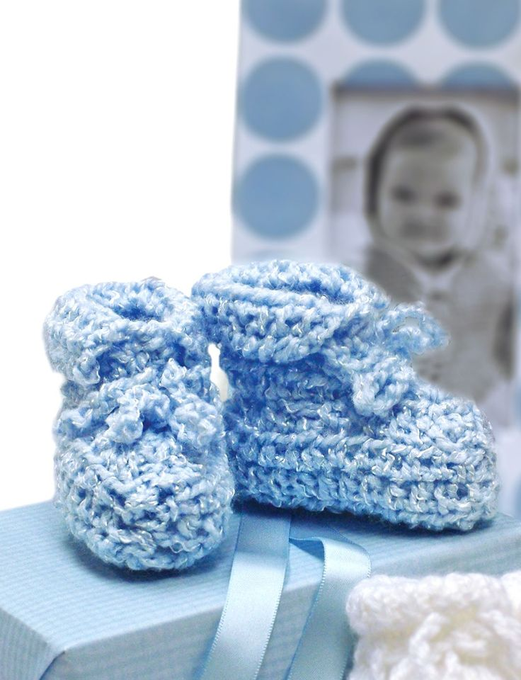 491 best crafts images on pinterest knit patterns knitting baby shower booties in bernat baby coordinates solids discover more patterns by bernat at loveknitting the worlds largest range of knitting supplies we fandeluxe Image collections
