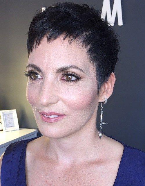 classic+pixie+haircut+for+women