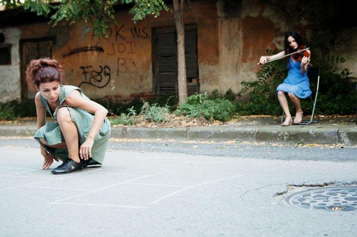 Bechtschinar -a street performance | in the studio | studio χορού ΚΙΝΟΥΜΕ, Thessaloniki