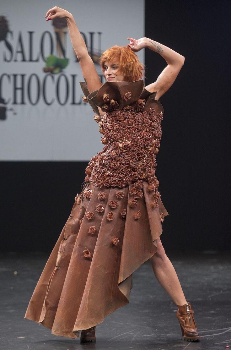 Салон Salon du Chocolat (Шоколада в Париже) - дефиле шоколадных платьев https://www.kakprosto.ru/album-358-salon-shokolada-v-parizhe