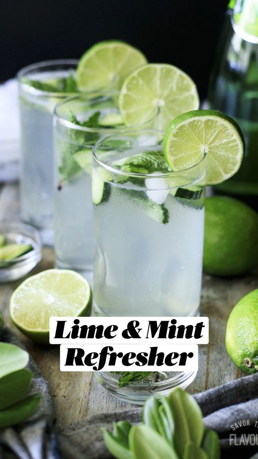 Sparkling Strawberry Lemonade, Sparkling Drinks, Mint Aesthetic, Water Aesthetic, Alcohol Drink Recipes, Water Recipes, Sparkling Mineral Water, Mint Water, Whiskey Drinks