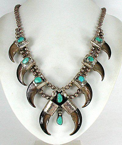 Authentic Native American Navajo Vintage Bear Claw necklace