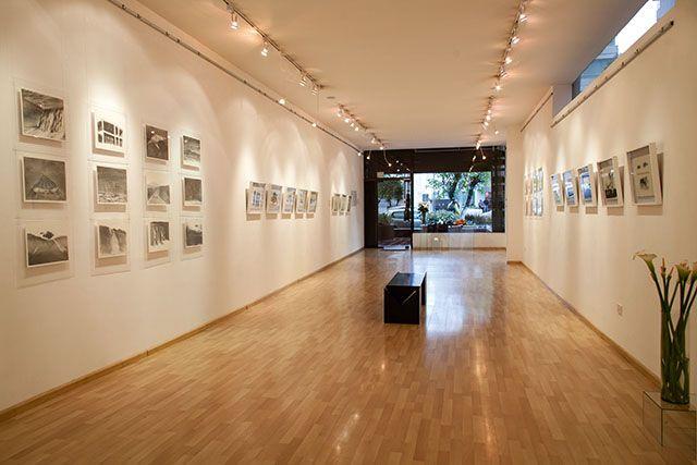 Ileana Viteri Galería de arte acaba de cumplir seis años de vida con aproximadamente 60 exposiciones gestionadas por la propia Ileana.  Fotos: Jorge Luis Narvaez  REVISTA CLAVE! Ed. 45