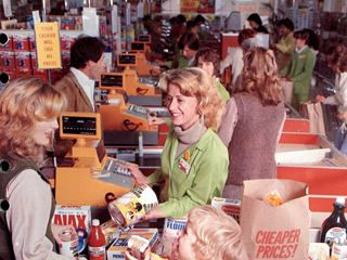 1970's Coles Supermarket: when your groceries were packed into paper bags