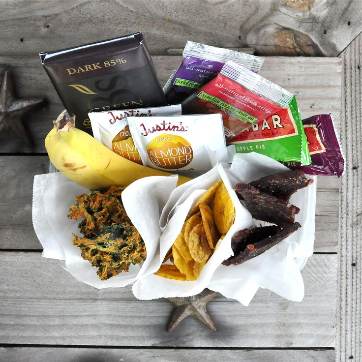 Fed and Fit  Pre-made snacks you can buy. Cassie lists her favorite snacks you can buy that are paleo approved