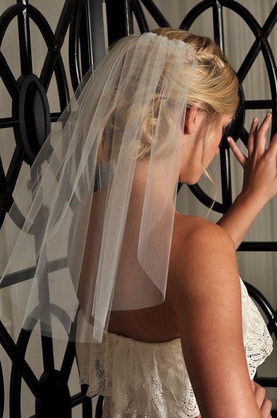 Short Veil  Soft Shoulder Length Veil with Raw by SimplyBlueBridal, $29.99