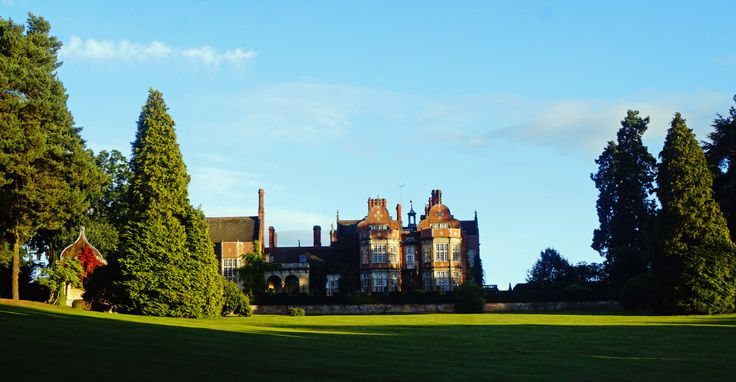 The epitome of a luxury experience ~ Why Tylney Hall truly has it all... #hotel #review #Hampshire