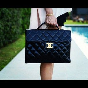 PERFECT. The Business women . #Chanel