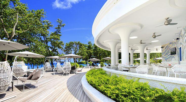 Beach Bar / Gecko Bar of Savoy Resort & Spa In Seychelles