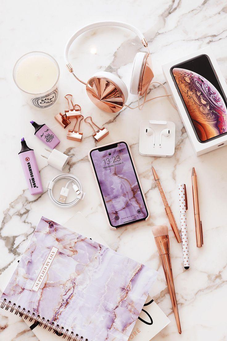 iPhone XS Gold Unboxing & Review – Caroline Schrabback