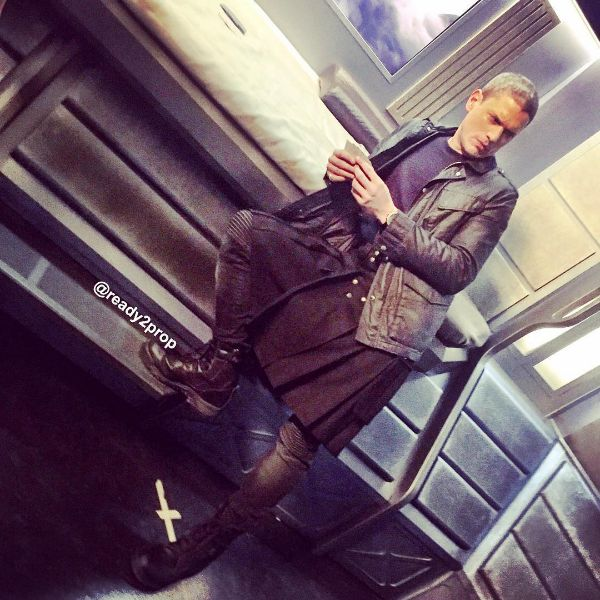"""dailywentworth: """" bts shot of wentworth miller as leonard snart/ captain cold on the set of legends of tomorrow s1, from the instagram of jordan roberts the show's propmaster. """""""