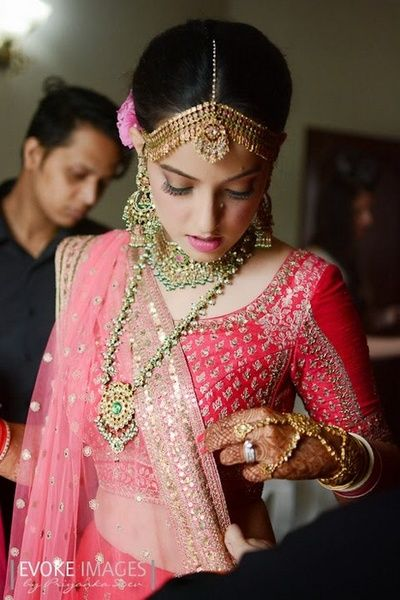 bridal jewellery, kundan, green, polki, matha patti, earrings, contrast jewellery, raspberry pink blouse, three quarter sleeve,