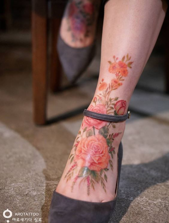 Stunning Flowers Leg Tattoo