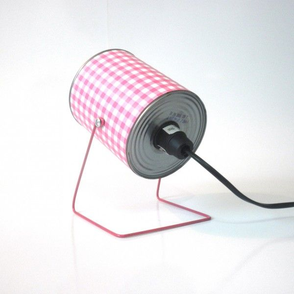 Do It Yourself: Lamps with Cups, Plates and Plastic Straws