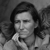 Migrant Mother, by Dorothea Lange, 1936: This photo became an iconic image of the Great Depression. At the time, the 32 year-old woman was a widow with seven children. Forty years later, the woman was identified as Florence Owens Thompson.