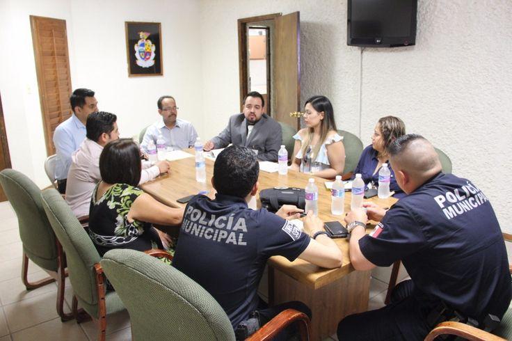 <p>*La finalidad de la reunión fue unificar criterios de las instancias involucradas para que la corporación policiaca coadyuve en la búsqueda