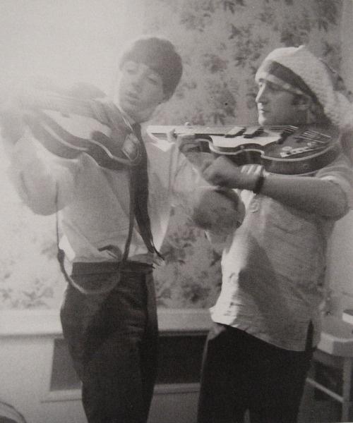 ♡♥John Lennon with Paul McCartney♥♡