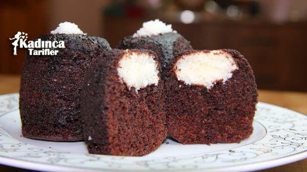 Fincanda Sürpriz Kek nasıl yapılır? Fincanda Sürpriz Kek'nin malzemeleri, resimli anlatımı ve yapılışı için tıklayın. Yazar: Sümeyra Temel