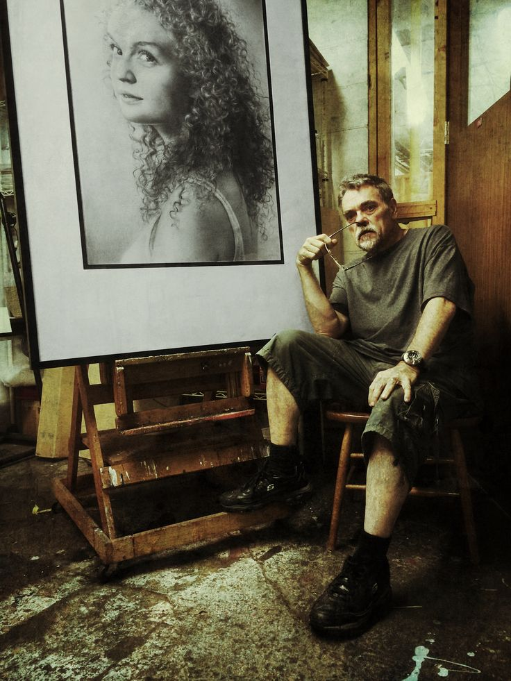 Studio Selfie with Drawing – Armin Mersmann