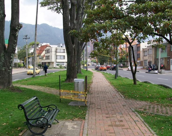 Un extremo del Parkway  Barrio la Soledad  Teusaquillo  Bogota