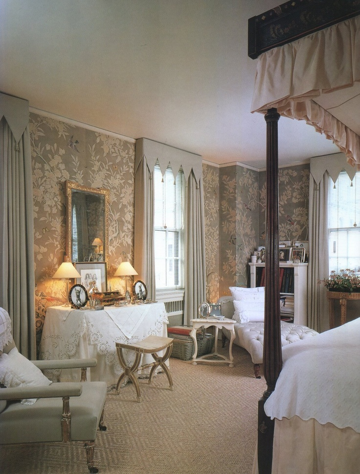103 best beautiful interiors mark hampton images on for Neutral bedroom wallpaper