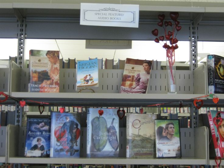 Special display - Love & Love to Read