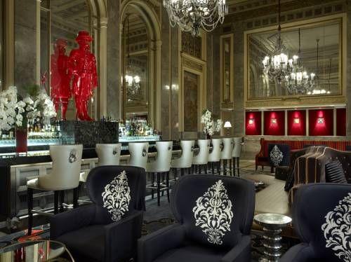 Sir Francis Drake, a Kimpton Hotel - Cet élégant hôtel d'Union Square, à San Francisco, propose un restaurant, ainsi qu'un centre de remise en forme et un centre d'affaires ouverts 24h/24. Adresse Sir Francis Drake, a Kimpton Hotel: 450 Powell Street CA 94102 San Francisco (California)