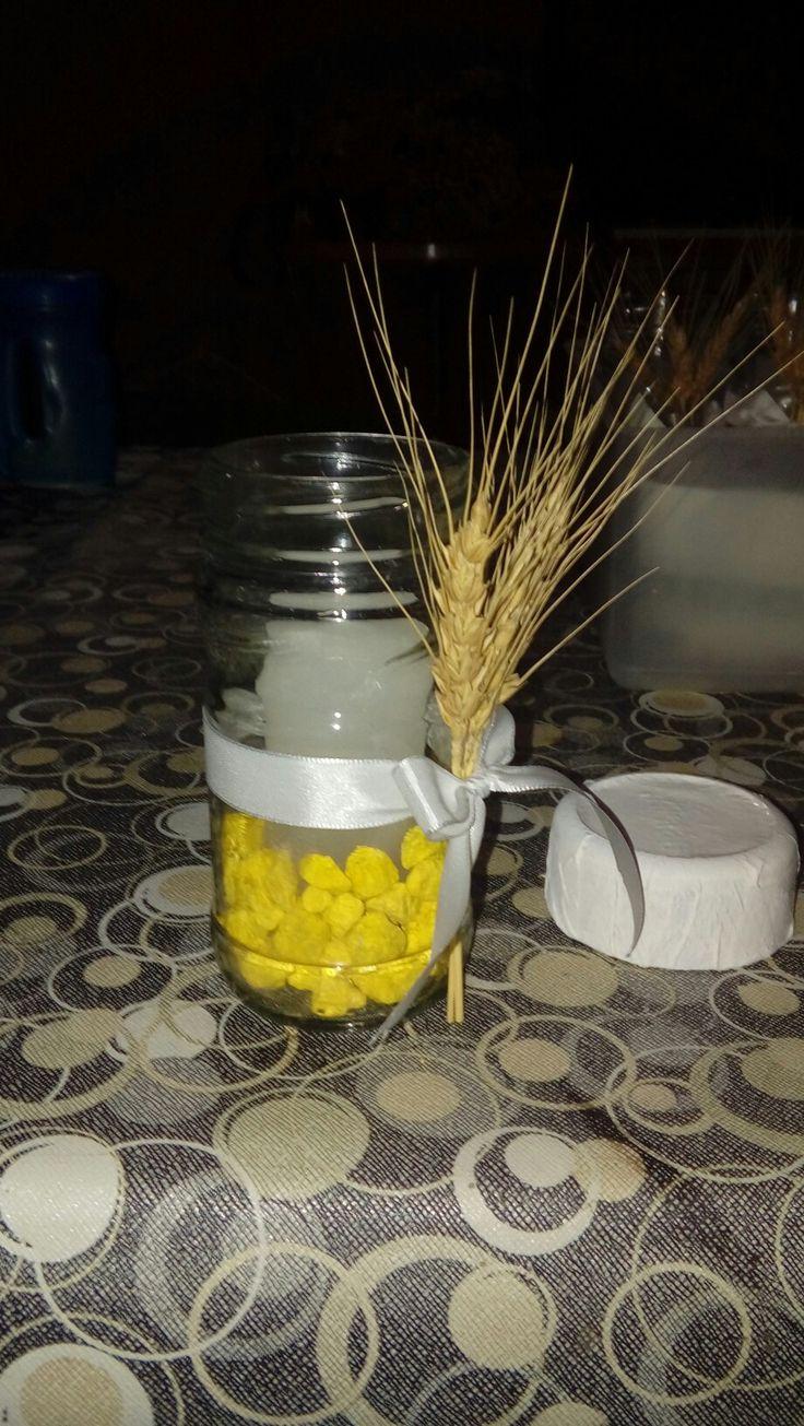 Comunión: frasco decorado con vela y tapa