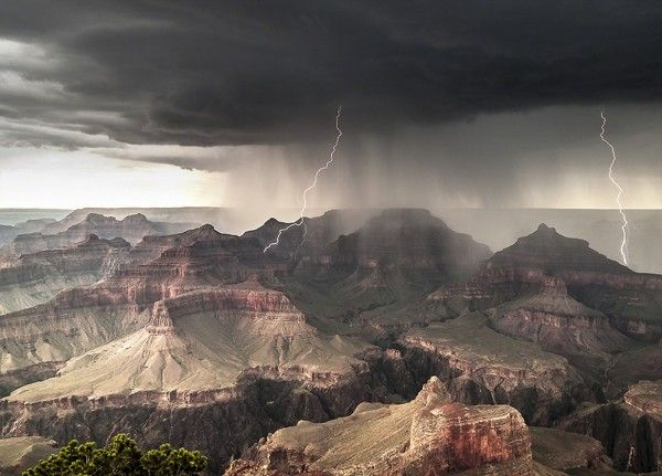 Powell Point, Grand Canyon South Rim, Arizona, USA.
