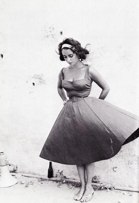 Elizabeth Taylor, On the set of Suddenly Last Summer, 1959