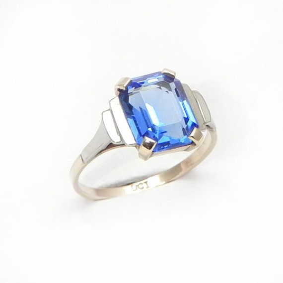 Fine Vintage Art Deco Style Gold Ring set with Blue Gemstone - Size 7 - suit birthday, antique, anniversary, wedding, engagement rings