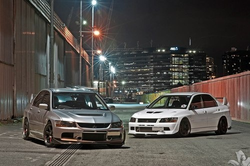 Evo 8. Grrr.... which one will win in a straight line? Guess it depends on who's driving - Stig or Jezzer?