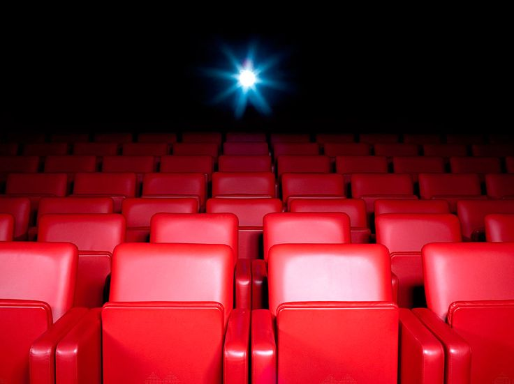 Terminal Coyoacán es un foro donde se proyectan ciclos de cine con pulque gratis en Coyoacán con películas poco conocidas.