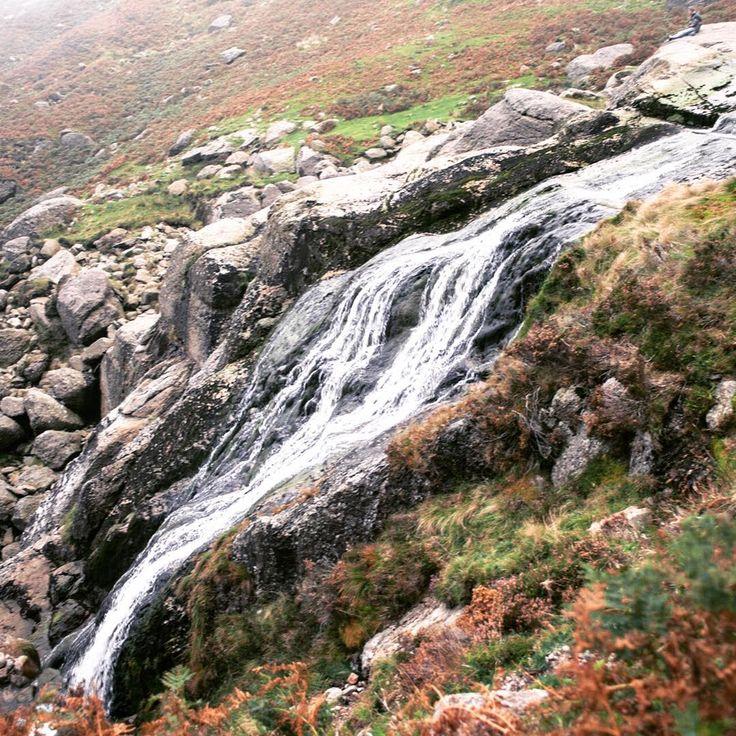 Ciąg dalszy wspomnień z #Irlandia . Tym razem na zdjęciu wodospad #MahonFalls w górach #Comeragh #waterfall #mountains #landscape #trekking