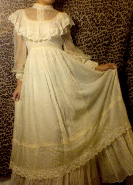 Sale 1970s cream gunne sax wedding dress with by for 1970s wedding dresses for sale