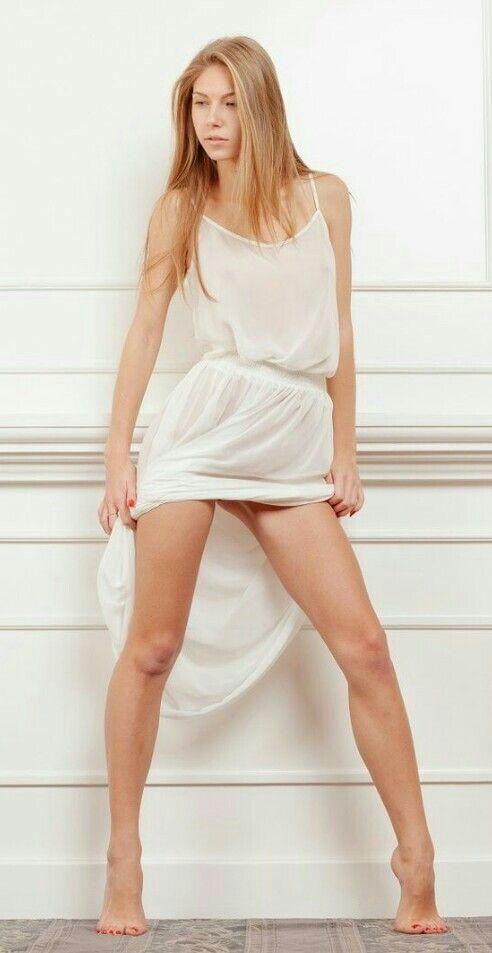 Kristin chenoweth real naked pics