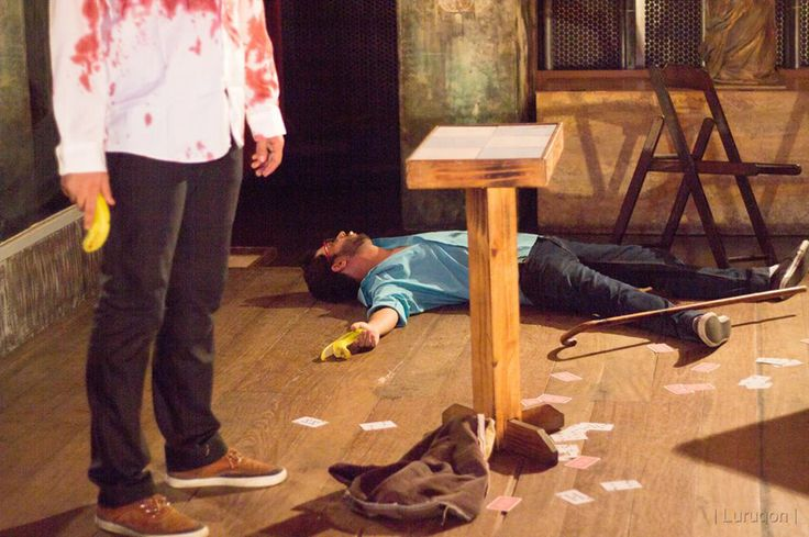 """[Playtests] """"Jogo do Bicho"""": máfia brasileira e surrealismo lynchiano com armas lúdicas, pelos Luízes Falcão e Prado (BoiVoador, NPlarp) - Foto de Luiz Lurugon"""