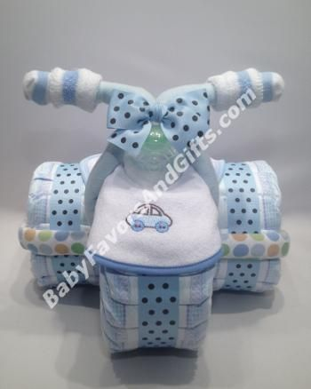 Tricycle Diaper Cake for Boy #tricyclediapercake #babyshowergifts Review Submited By Donisha Dampier: This diaper cake was the talk of the baby shower. My sister-in-law loves it so much that she doesnt want to even take it down. Very impressive gift