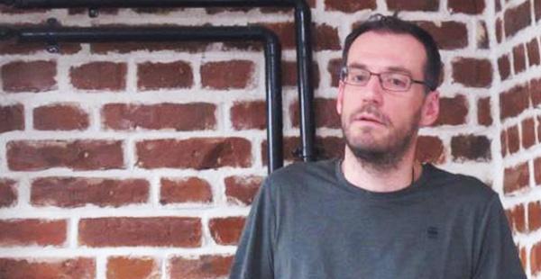 Serban Alexandrescu (Headvertising) despre chiulurile din scoala primara, tehnicile de negociere cu vecinii post spart geamuri, planurile de castig la Lotto si multe altele: http://www.iqads.ro/a_22694