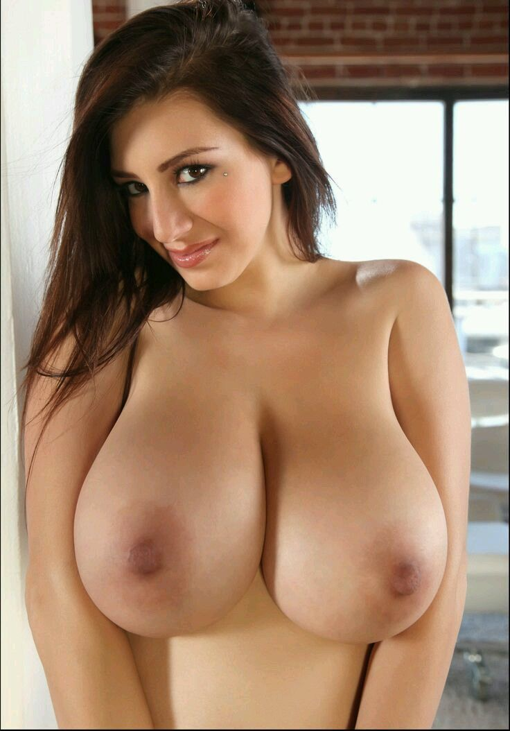 Sexy naked big boobs females
