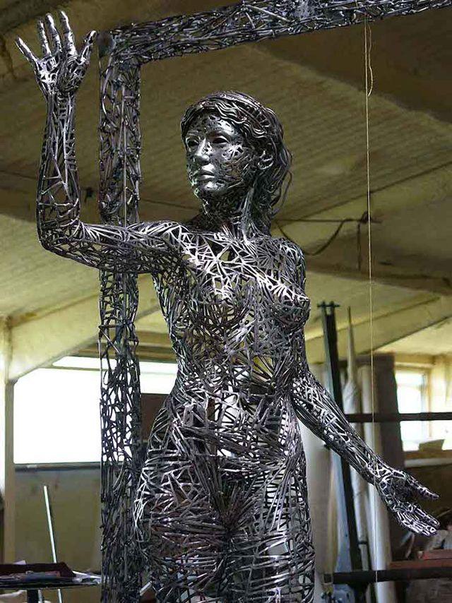 Jordi diez Fernandez femme sculpture