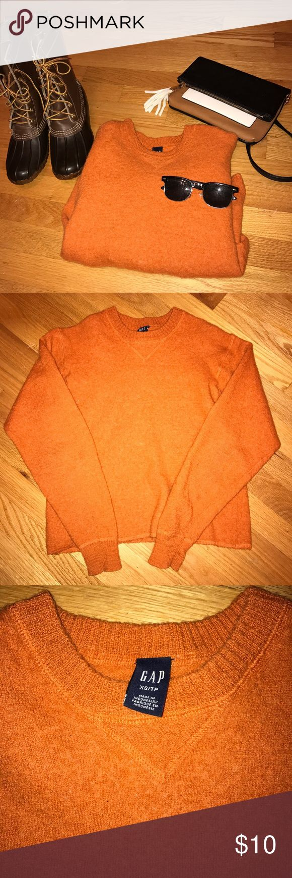 GAP Women's Orange Crew Neck Sweater Wool XS/TP 🍊Runs large! I wear a size 2 and small in sweaters but this fit! Just need to clean the closet🍊Perfect for the Fall  🍊Pre-owned in great condition 🍊Goes great with jeans and hunting boots 🍊BUNDLE WITH 1 OTHER ITEM FOR DISCOUNT🍊 GAP Sweaters Crew & Scoop Necks