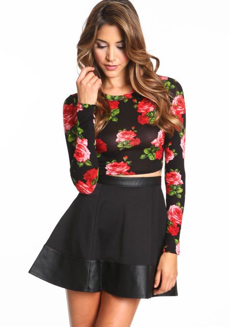 Midnight Floral Crop Top outfit | 80s/Jersey | Pinterest | Skirts Winter holidays and Floral ...