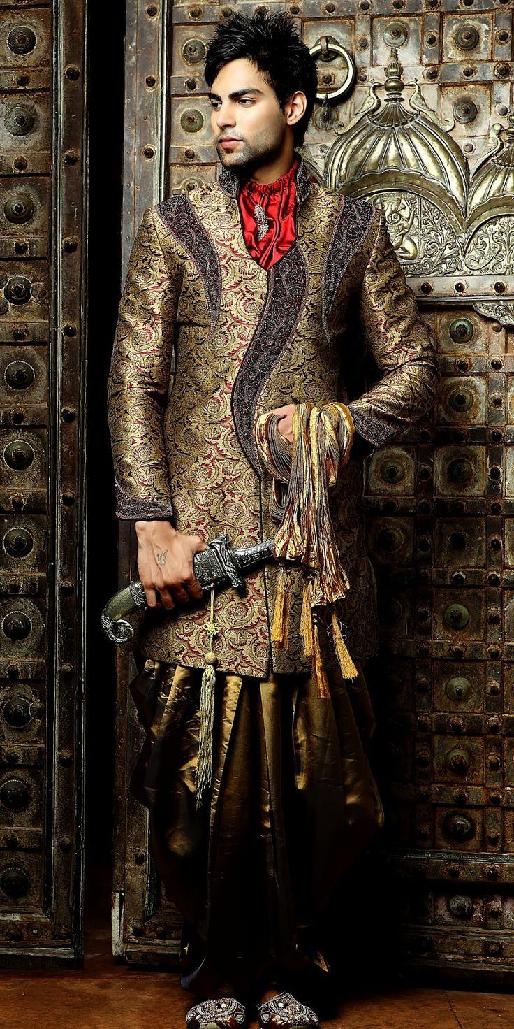 Indian royal wedding dresses men for Best wedding dresses for mens